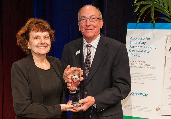2016 01 20 Schneider Receives EPA Award